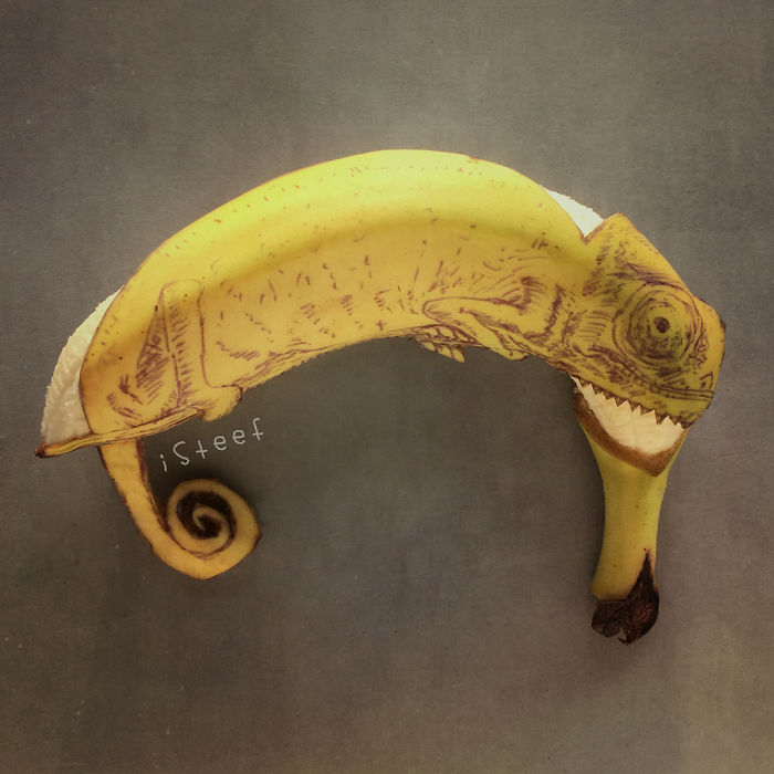 Artist-turns-bananas-into-true-works-of-art-5ac03c7bc60fa__700