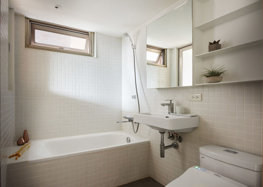 maximize-micro-apartment-space-little-design-taiwan-12-5b0e50d752d5f__880