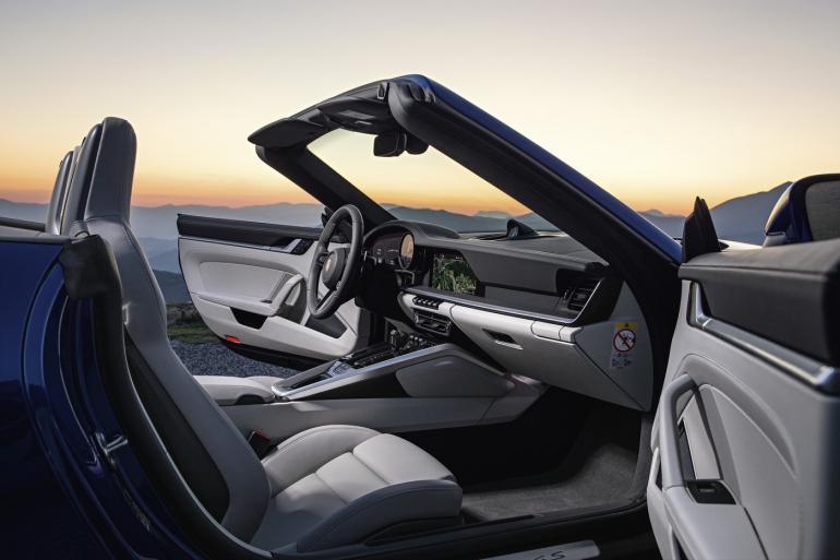 2020-Porsche-911-Cabriolet-3-770x513