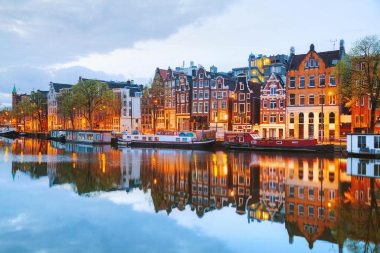 Amsterdam-770x513