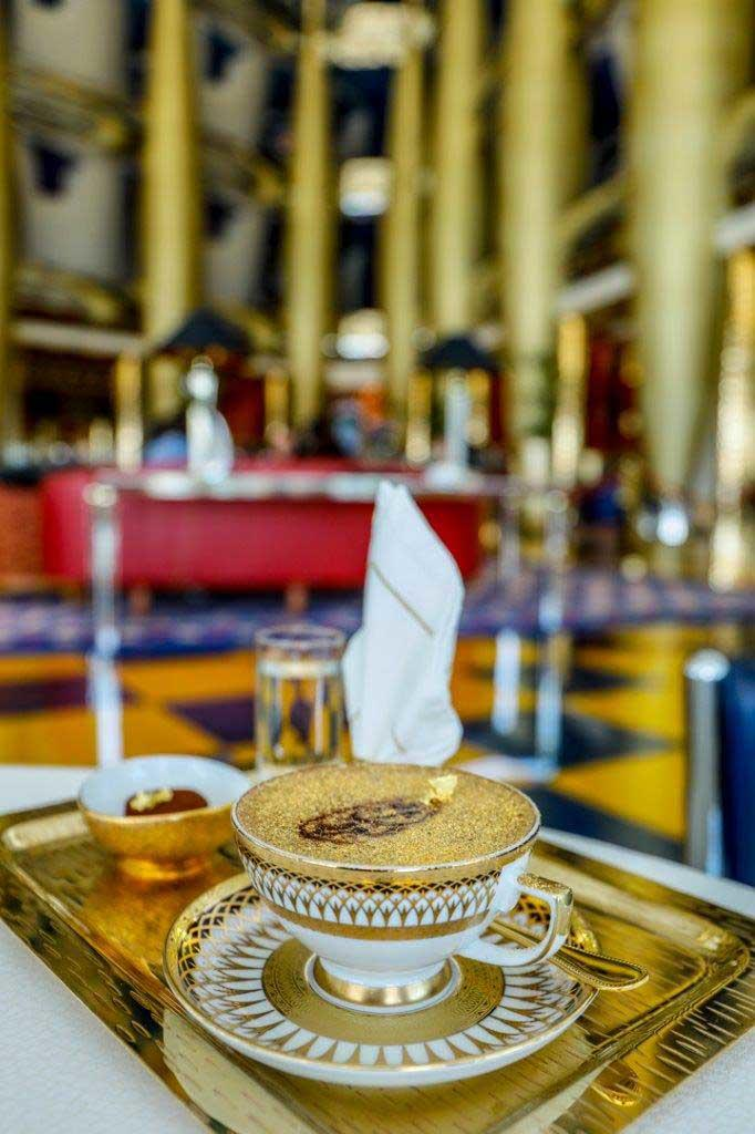 Ultimate-Gold-Cappuccino_Burj-Al-Arab-3