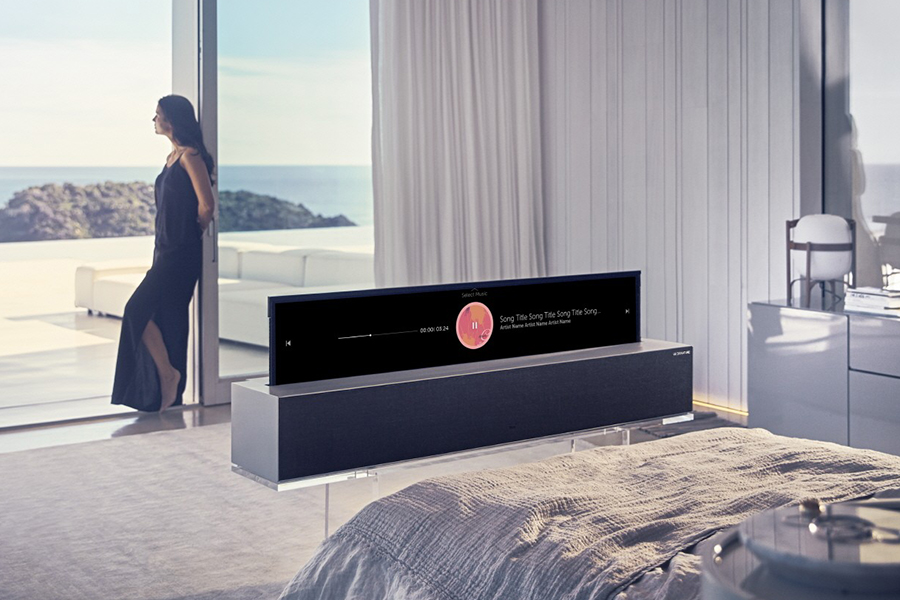 Worlds-First-Rollable-OLED-TV-LG-3