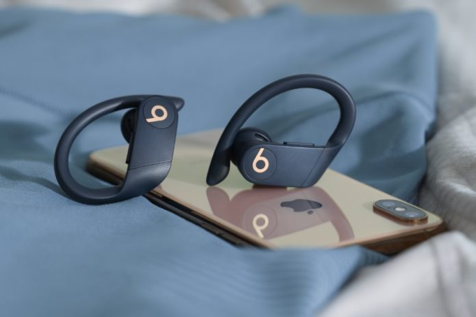 Beats-Goes-Totally-Wireless-with-Powerbeats-Pro-Earbuds