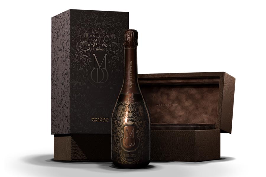 Drakes-designed-Champagne