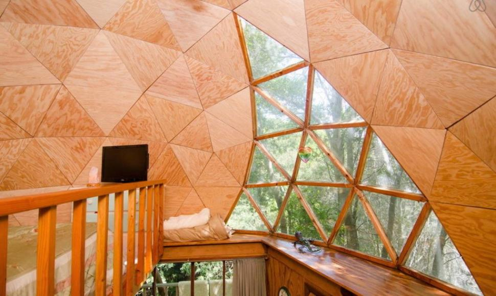 Most-Popular-Airbnb-Mushroom-Dome-Cabin-9-1020x610-970x580