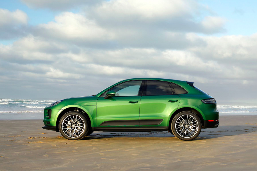 Your-first-Porsche-Hands-on-with-the-2019-Macan-S-Porsche-Macan-S-Side-View