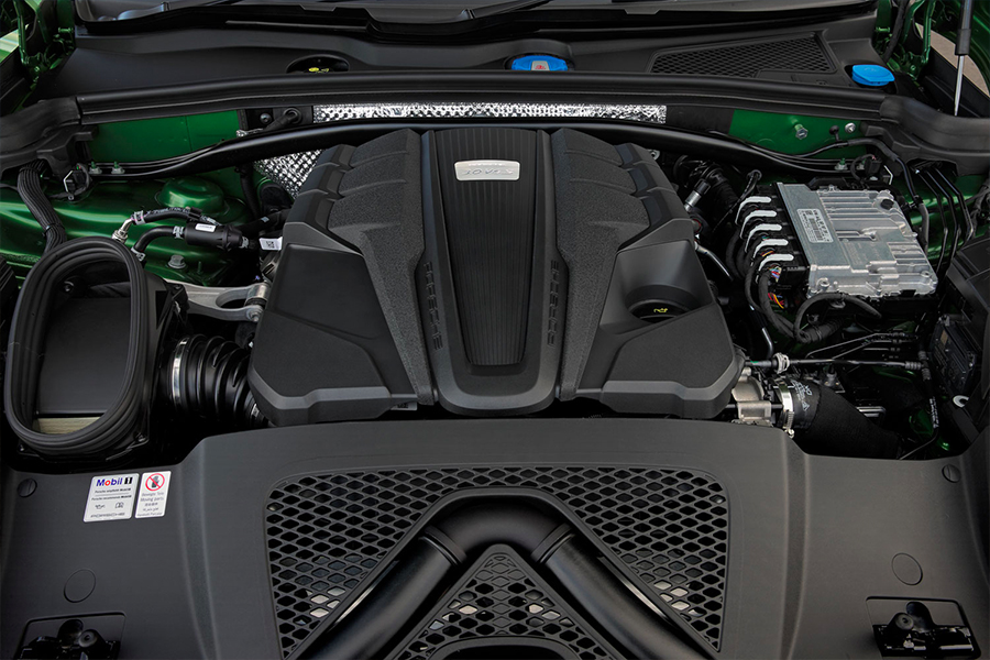 Your-first-Porsche-Hands-on-with-the-2019-Macan-S-V6-Engine