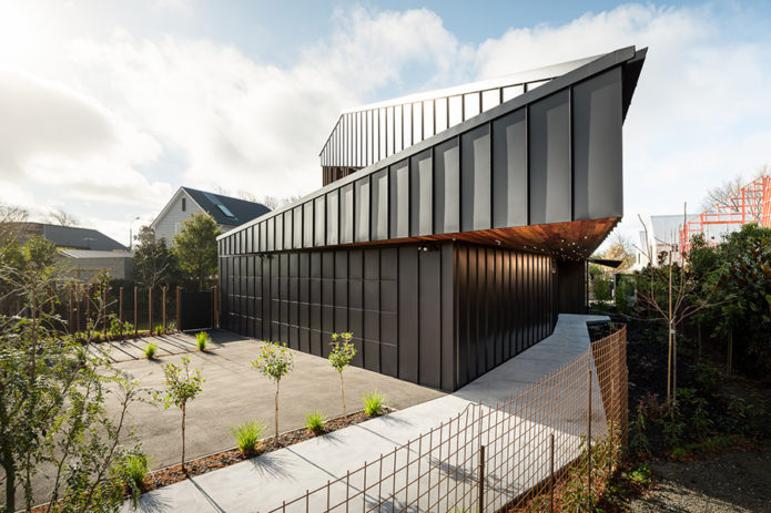 Architecture-Shark-House-From-First-Light-Studio-1-2