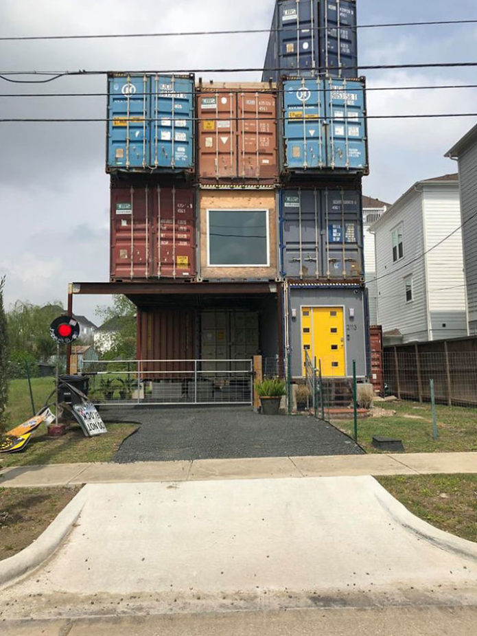 mcgowen-container-house-will-breaux-houston-1-5db9ac20a3668__700