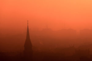 My-10-Years-Worth-Of-Photos-Of-The-City-Of-Budapest-Disappeared-In-Fog-5df3972135d9c__880