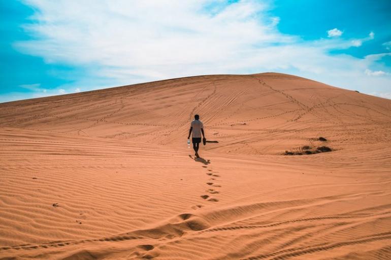 The-Mui-Ne-Sand-Dunes-770x513