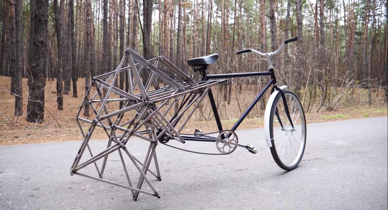 An-Eye-Catching-Walking-Bicycle4