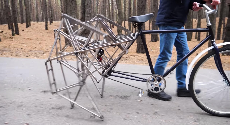 An-Eye-Catching-Walking-Bicycle5