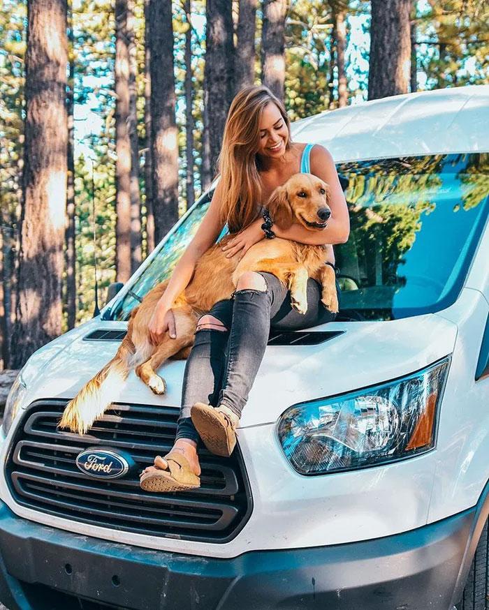 girl-van-dog-12-5e006cf33af3a__700