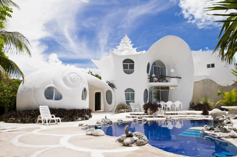 Seashell-House-Isla-Mujeres-Mexico-Airbnb-770x513
