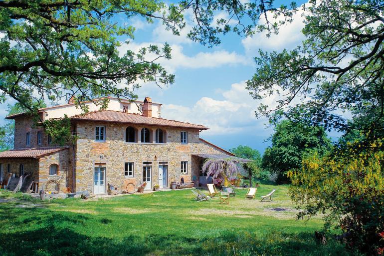 Villa-Near-Florence-Tuscany-Italy-Airbnb-770x513
