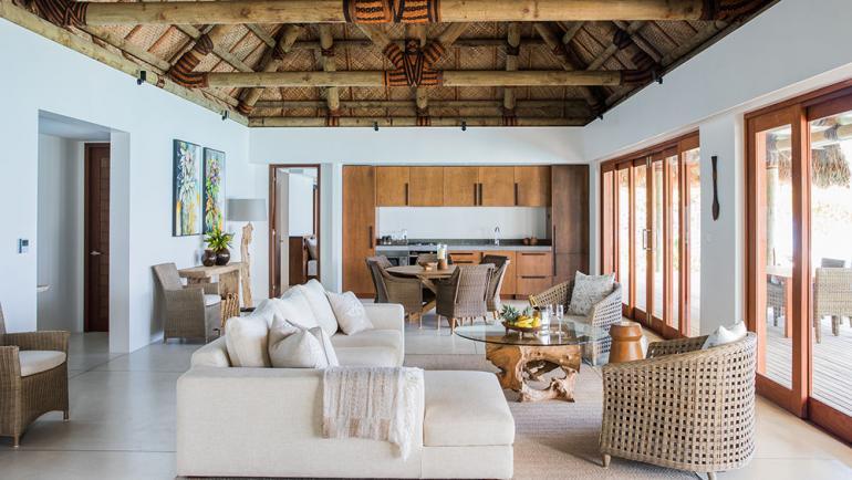 Fiji-Mega-Luxurious-Resort-3-770x434