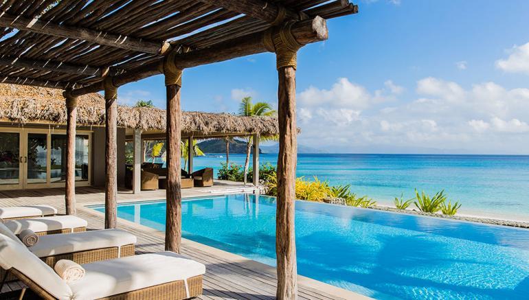Fiji-Mega-Luxurious-Resort-4-770x437
