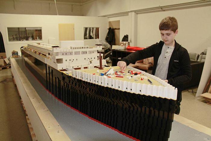 teen-autism-titanic-lego-replica-brynjar-karl-birgisson-1-5f1e8f94b3c37__700
