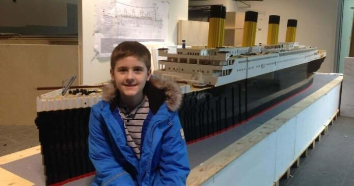 teen-autism-titanic-lego-replica-brynjar-karl-birgisson-5f1e95a3451bf-jpeg__700