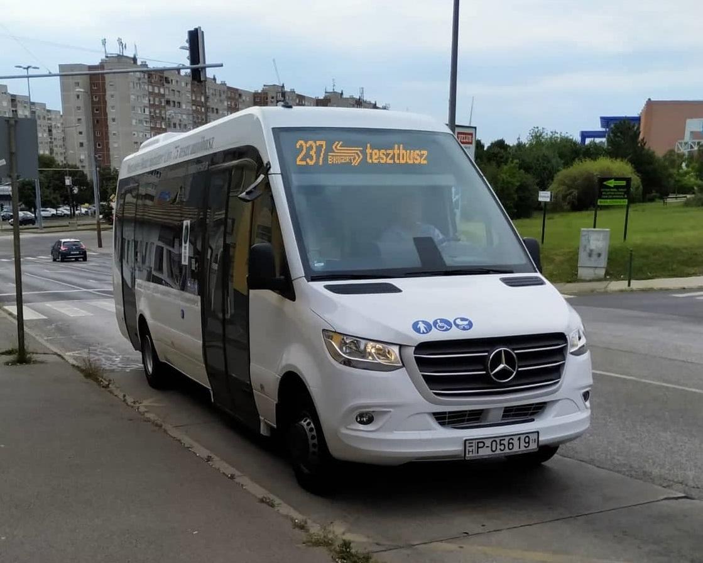 Leteszteltük a BKV új minibuszát