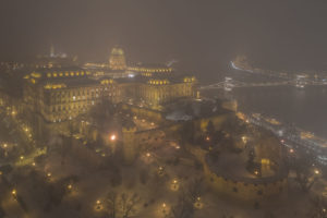 My-10-Years-Worth-Of-Photos-Of-The-City-Of-Budapest-Disappeared-In-Fog-5df39731b27d8__880