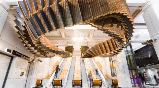 Ikonikus fa mozgólépcsőket állítottak ki egy ausztrál vasútállomáson