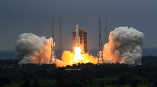 Néhány nap múlva kínai rakéta csapódik be a Földbe